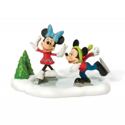Department 56 Disney Village Accessory Figurine, Ice Skating