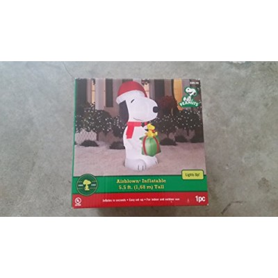 Peanuts Airblown Snoopy Scene Woodstock Present Christmas Inflatable 5.5 Ft. Outdoor Decoration