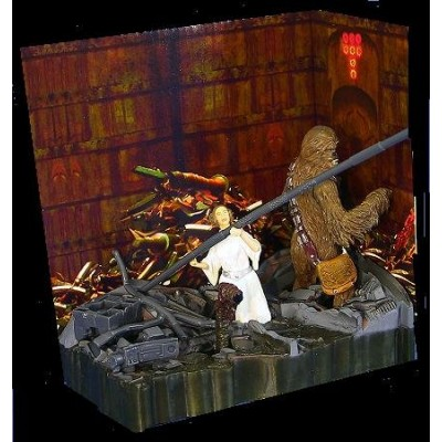 Leia and Chewbacca Death Star Trash Compactor A New Hope Star Wars Diorama #2