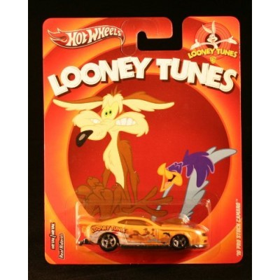 Hot Wheels, Looney Tunes Die-Cast Vehicle, Wyle E. Coyote and the Roadrunner '10 Pro Stock Camaro, 1:64 Scale