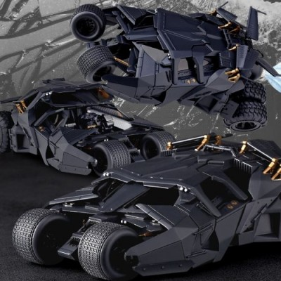 Kaiyodo Sci-Fi Revoltech #043 The Dark Knight Rises Tumbler Vehicle