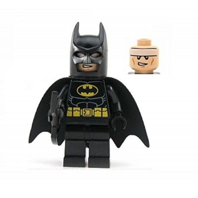 LEGO Super Heroes DC Universe Black Batman Minifigure with Batarang (Traditional Head)