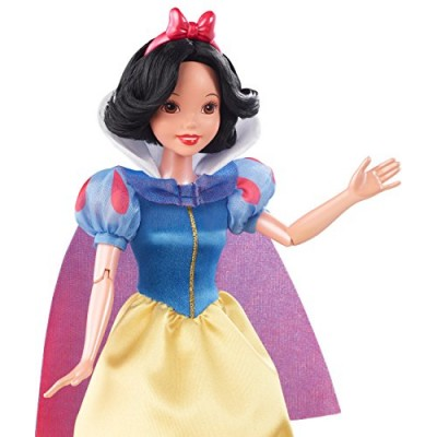 Disney Princess Classics Snow White Doll