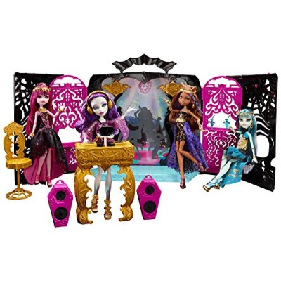 Monster High 13 Wishes Party Lounge & Spectra Vondergeist Doll Playset