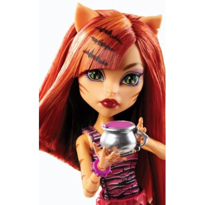 Monster High Coffin Bean Toralei Doll