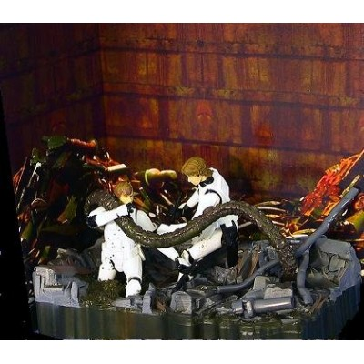 Star Wars Death Star Trsh Compactor Luke Skywalker and Han Solo