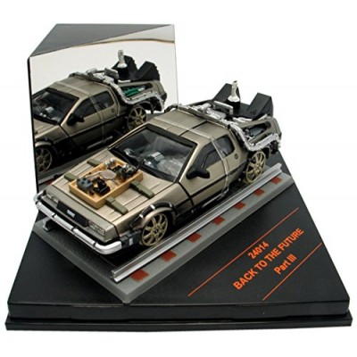 BACK TO THE FUTURE III 1:43 DIE-CAST W/RAILROAD TRACKS