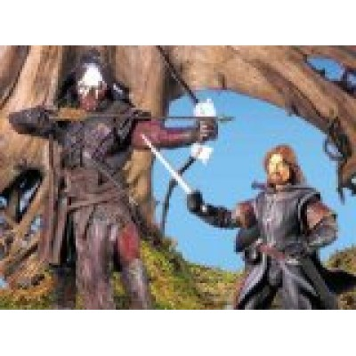 LORD OF THE RINGS- THE FELLOWSHIP OF THE RING BOROMIR AND LURTZ
